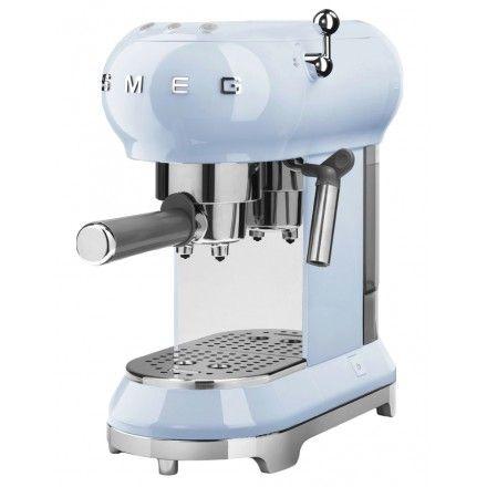 Máquina de café Smeg ECF01PBEU