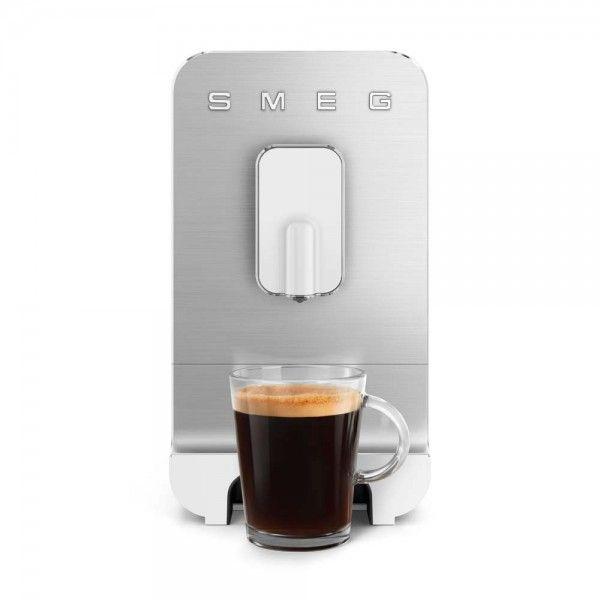 Máquina de café expresso Smeg BCC01WHMEU