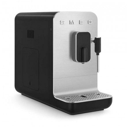 Máquina de café expresso Smeg BCC02BLMEU